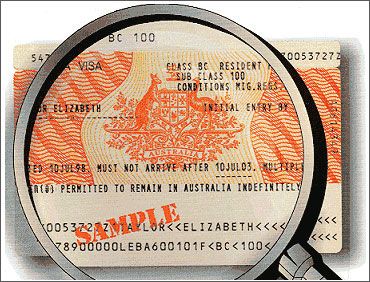 городу нужна ли виза в австралию гражданину молдовы дискомфорт, человек задается